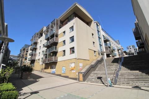 3 bedroom apartment for sale - Kingscote Way, Brighton