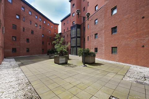 3 bedroom apartment to rent - Rialto Building, Melbourne Street, Newcastle Upon Tyne
