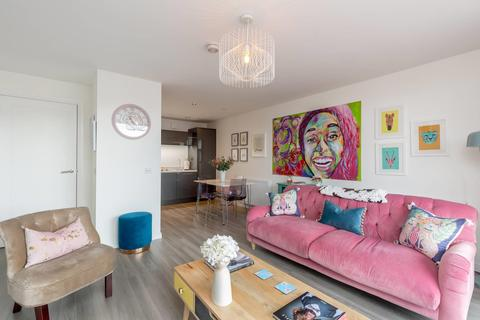 3 bedroom flat for sale - Annandale Street, Edinburgh, EH7