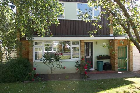 3 bedroom detached house to rent - Lansdowne Avenue, Orpington