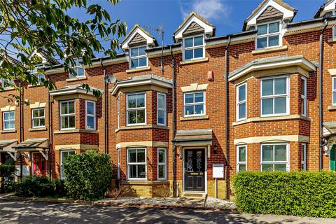 3 bedroom terraced house for sale - Broadway West, Gosforth, Newcastle Upon Tyne, Tyne And Wear