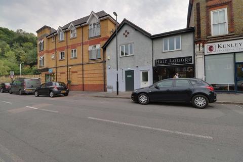 3 bedroom maisonette to rent - Hayes Lane, Kenley