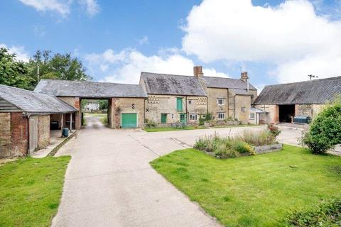 Equestrian property for sale - Main Street, Fringford, Bicester, Oxfordshire, OX27