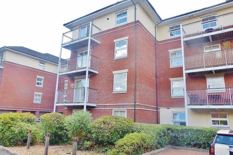 2 bedroom flat to rent - Rollesbrook Gardens, Southampton, Hampshire, SO15 5WB