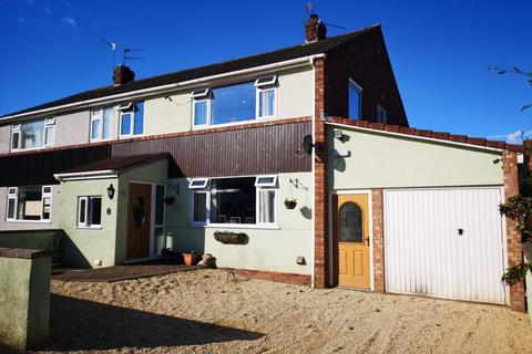 4 bedroom semi-detached house for sale - Modern open plan home in the heart of Cleeve
