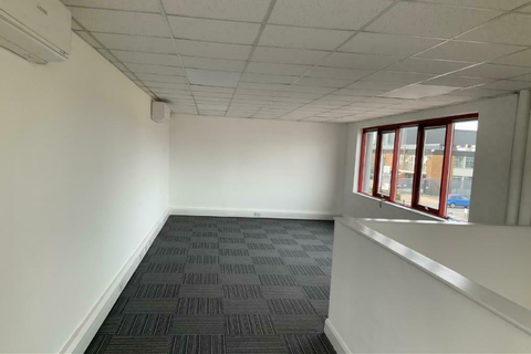 Office to rent - Unit available to Rent in Windsor Avenue, London
