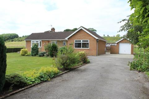 3 bedroom detached bungalow to rent - Kilnwick Road, Pocklington