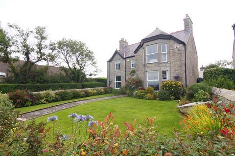 5 bedroom detached house for sale - Moelfre