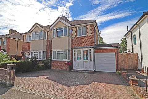 3 bedroom semi-detached house for sale - Shirley Avenue, Redhill