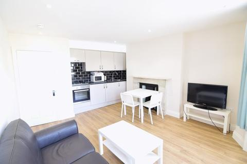 2 bedroom apartment to rent - Brunswick Place - P210