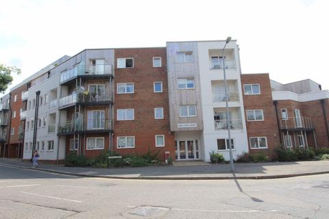 1 bedroom flat to rent - Highview Court, Town - Ref:P1788 - LET AGREED