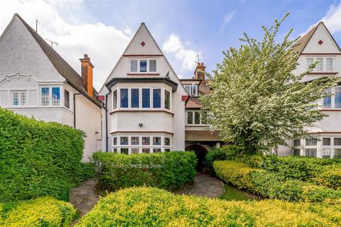 4 bedroom house for sale - West Heath Drive, Golders Hill Park NW11