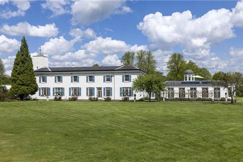 7 bedroom equestrian property for sale - Ranmore Common, Dorking, Surrey, RH5