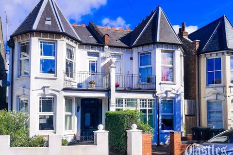 3 bedroom semi-detached house for sale - Sylvan Avenue, London, N22