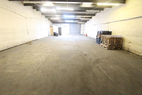 Industrial unit to rent - Bridle Way, Bootle