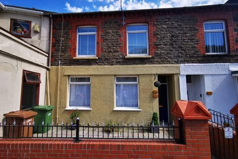 2 bedroom apartment for sale - High Street, Llanbradach