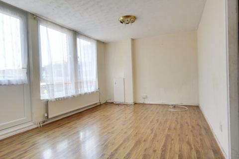 3 bedroom flat to rent - Copperfield Mews