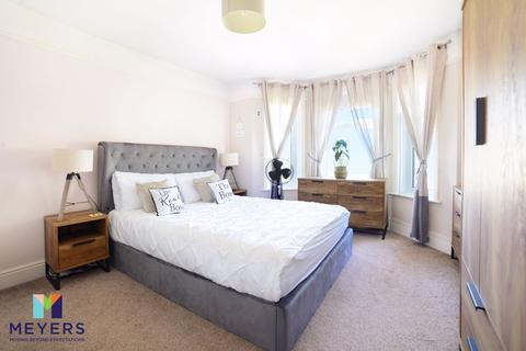 2 bedroom apartment for sale - Maxwell Road, Winton, BH9