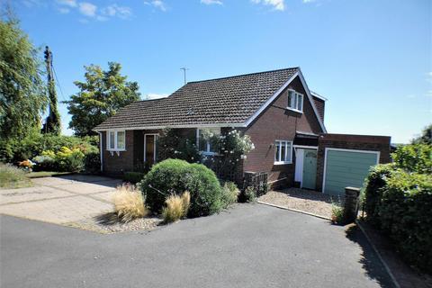 5 bedroom detached house for sale - Barton Road, Harlington, Dunstable