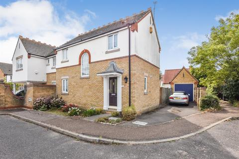 3 bedroom house for sale - Penshurst Drive, South Woodham Ferrers
