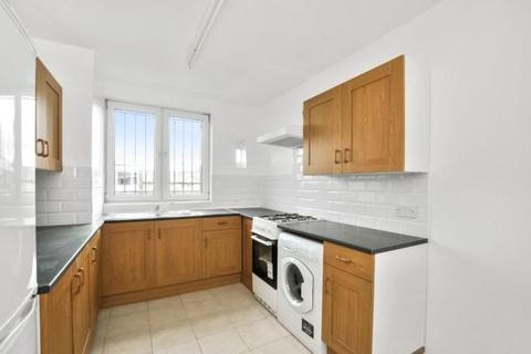 4 bedroom flat to rent - Weymouth Terrace, London