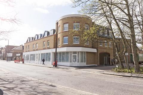 2 bedroom flat to rent - Emilia Court, High Street, Southgate, N14