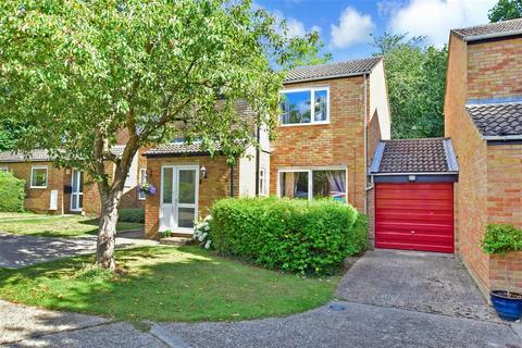 3 bedroom link detached house for sale - Bowes Wood, New Ash Green, Longfield, Kent