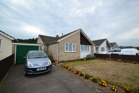 2 bedroom bungalow for sale - Branksome
