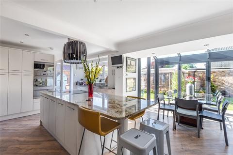 3 bedroom detached house for sale - Sweetcroft Lane, North Hillingdon, Middlesex, UB10