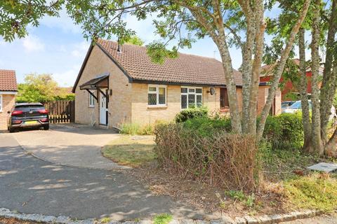 2 bedroom bungalow for sale - Lakemead, Singleton, Ashford, TN23 4XX