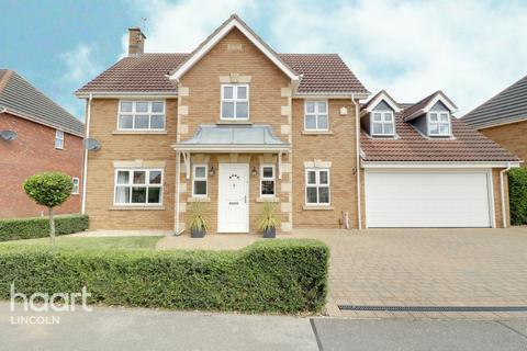 4 bedroom detached house for sale - Canterbury Road, Bracebridge Heath