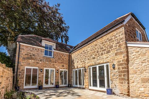 4 bedroom townhouse for sale - The Old Stables, Acreman Street, Sherborne, DT9