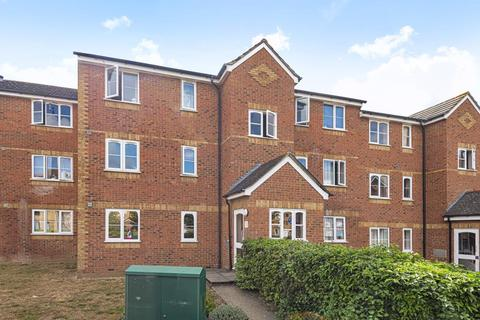2 bedroom flat for sale - Feltham,  Middlesex,  TW13