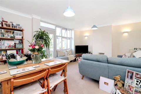 2 bedroom flat for sale - Sabine House, Shirley Road, Abbots Langley, WD5