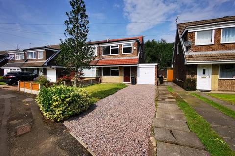3 bedroom semi-detached house to rent - Middlebrook Drive, Lostock, Bolton, BL6 4RJ