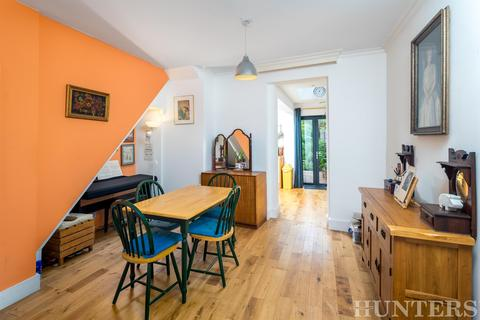 3 bedroom terraced house for sale - Seaford Road, London, N15