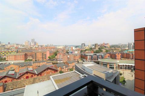 2 bedroom apartment to rent - ONE BREWERY WHARF, WATERLOO STREET. LS10 1GZ