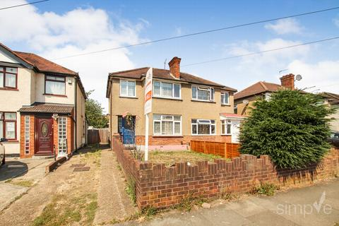 3 bedroom semi-detached house for sale - Leven Way, Hayes, UB3