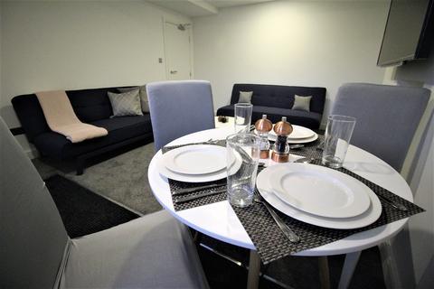 3 bedroom property to rent - 46 Headingley Lane (Basement Flat) 46 Headingley Lane (Basement Flat)