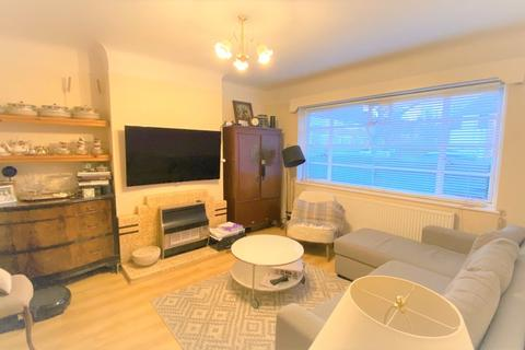 2 bedroom ground floor maisonette to rent - Ossulton Way, N2