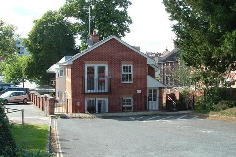 2 bedroom ground floor flat to rent - St Matthews Court, Clifton Road, Exeter