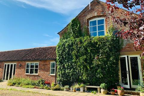 5 bedroom barn conversion for sale - Back Street, Saltby, Melton Mowbray, LE14 4RN