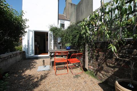 2 bedroom flat for sale - Albion Hill, Brighton
