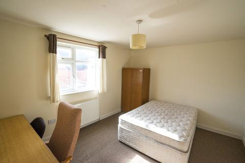 3 bedroom flat to rent - 3 Bedroom Student Flat - Close to UoL