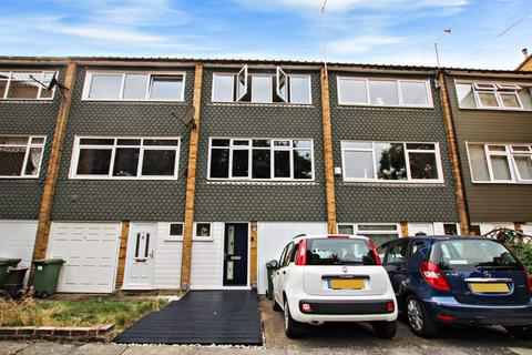 3 bedroom terraced house for sale - Cornell Close, Sidcup