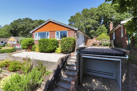 3 bedroom detached house for sale - Rydal Drive, Tunbridge Wells