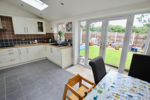 2 bedroom semi-detached house to rent - The Hollins, Calverton