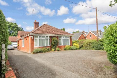 4 bedroom chalet for sale - Crockford Road, West Grimstead