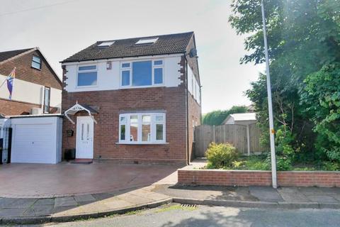 4 bedroom detached house for sale - Torbay Drive, Offerton, Stockport, SK2 6AB