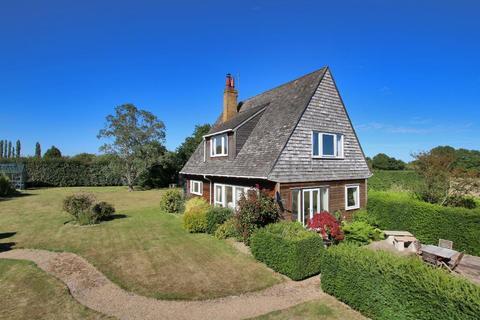 4 bedroom detached house for sale - Chalk Lane, Flishinghurst, Kent, TN17 2QB
